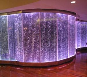 آبنمای شیشه ای